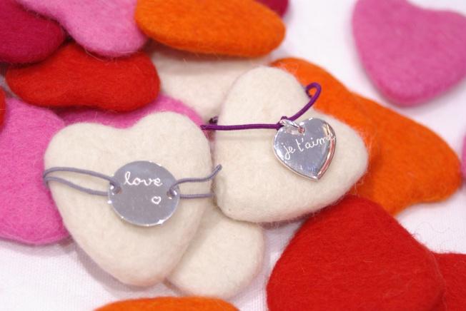 """Bracelets personnalisables, forme """"médaillon"""" ou """"cœur"""""""